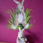 Muurschildering knuffelkonijn